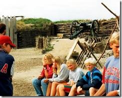 8. klasseelever på Historiecenter Dybbøl Banke